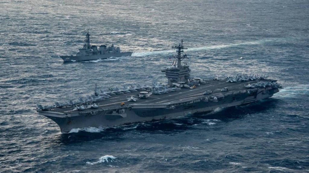 Archieffoto van de Calr Vinson, het Amerikaanse vliegdekschip dat onderweg is naar Noord-Korea. Foto: ANP/AFP.