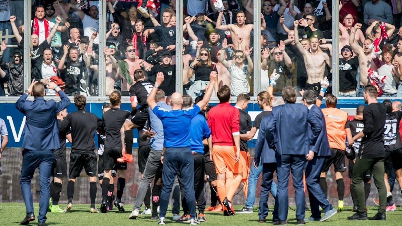 MVV-fans vieren dat hun club de finale heeft bereikt. Foto: HH/VI Images