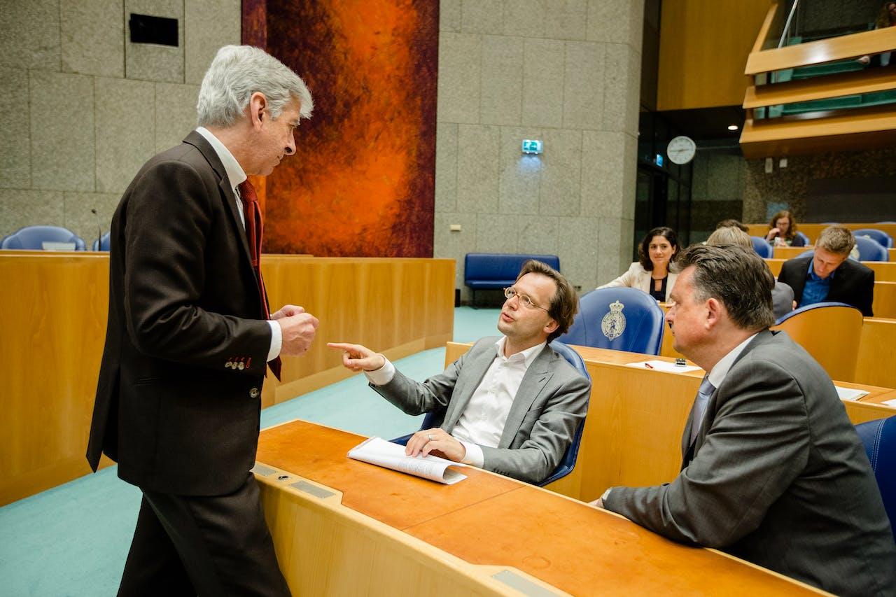 Minister Plasterk en SP-Kamerlid Van Raak in betere tijden. Foto ANP
