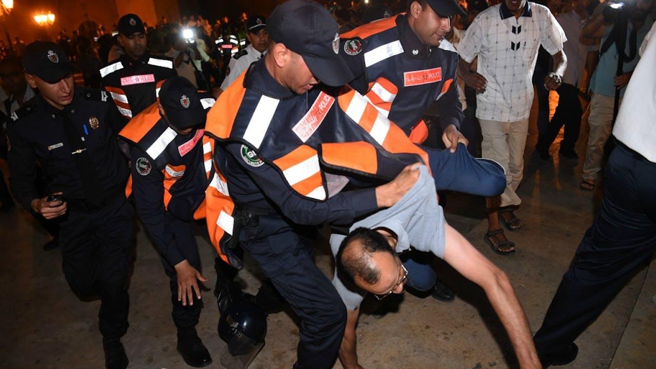 De demonstraties liepen vanmiddag al uit de hand. Foto: ANP/AFP