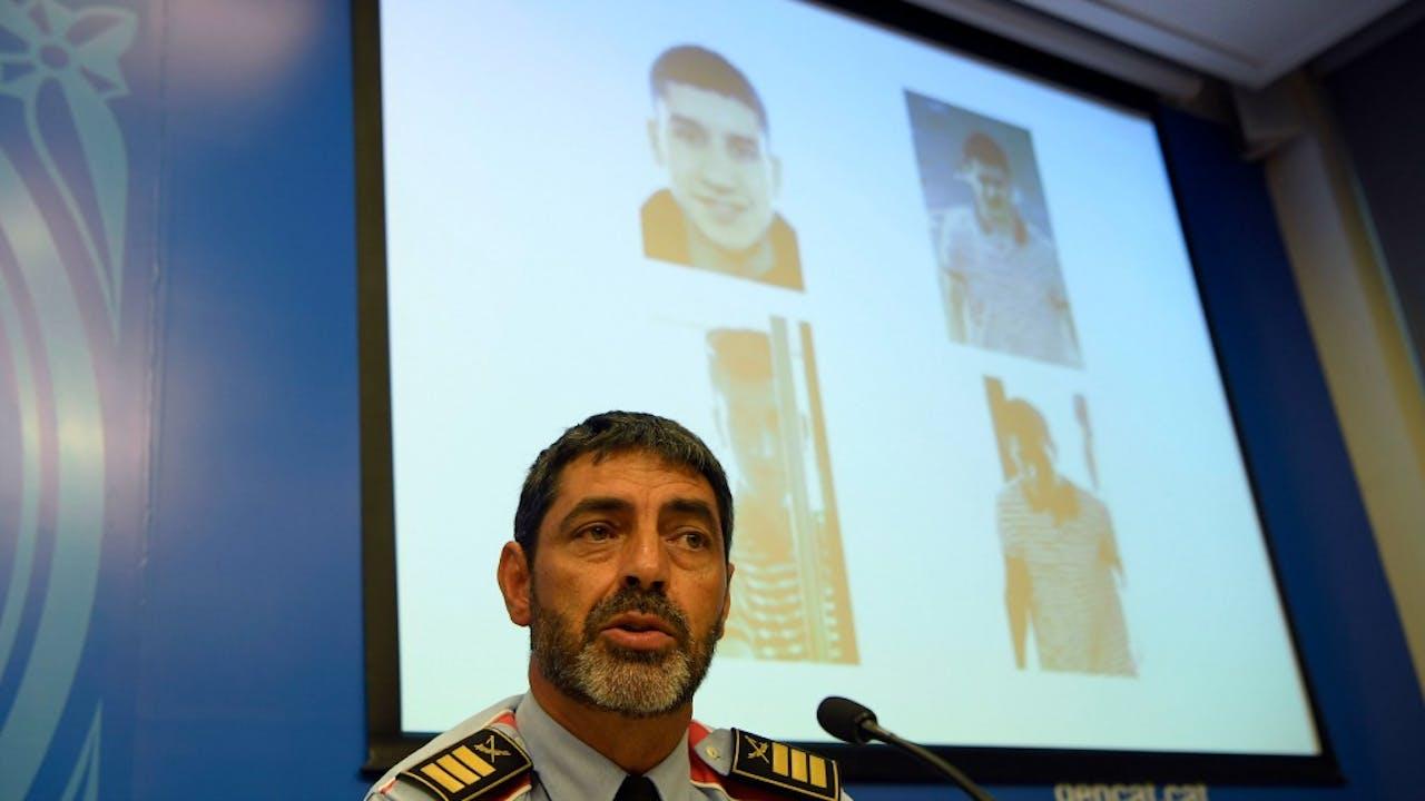 Het hoofd van de Catalaanse politie, Josep Lluis Trapero, tijdens een persconferentie over de identiteit van de bestuurder van het busje. Foto: ANP/AFP