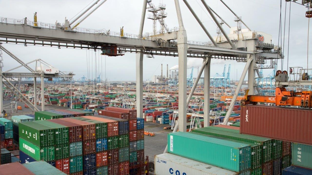 Containers in de haven van Rotterdam. Foto: ANP