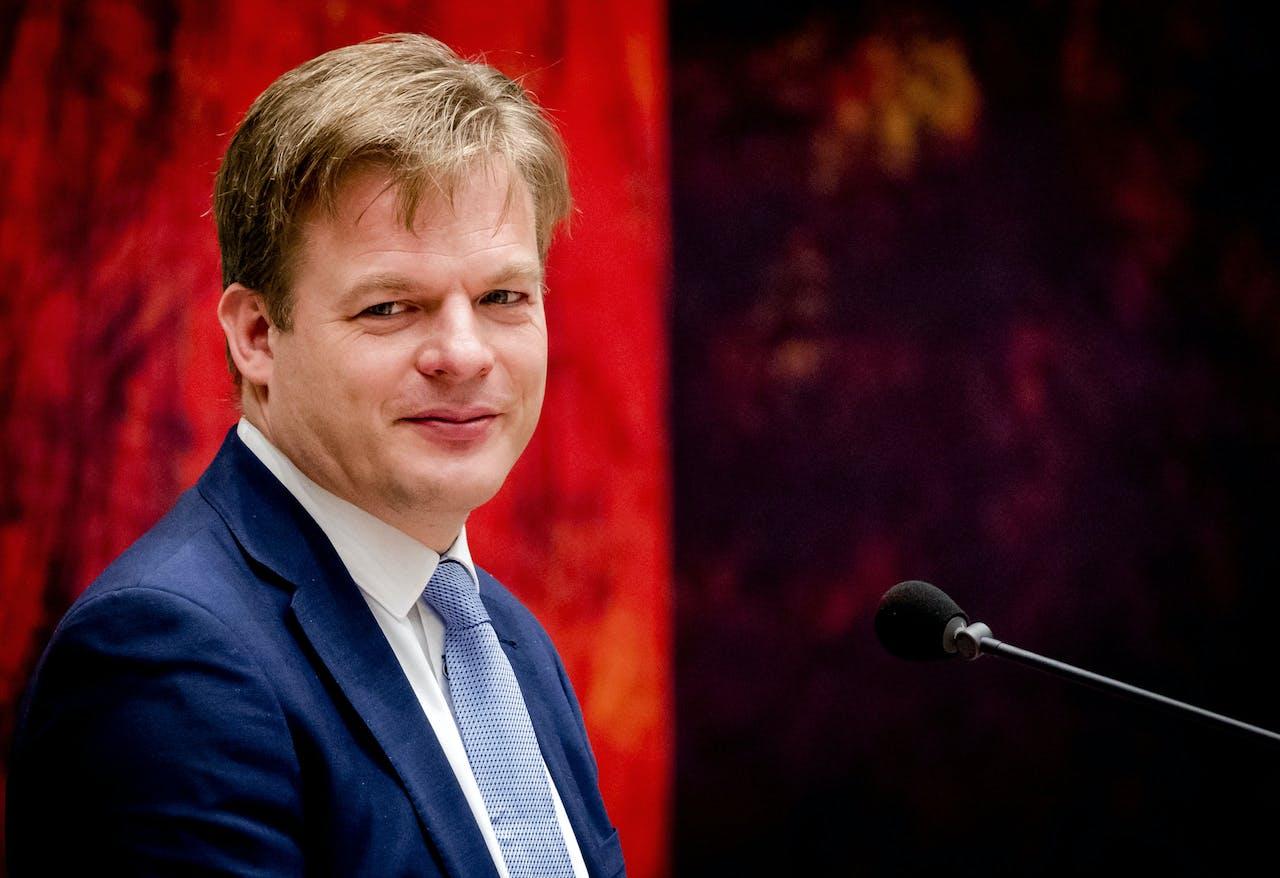 2017-11-21 15:50:12 DEN HAAG - Pieter Omtzigt (CDA) tijdens het vragenuurtje in de Tweede Kamer. ANP REMKO DE WAAL