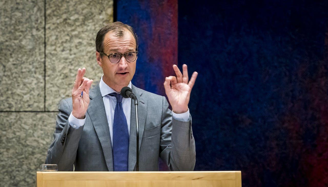 DEN HAAG - Minister Wiebes tijdens een debat in de Tweede Kamer over de wijziging van de Gaswet en de Mijnbouw betreffende het minimaliseren van de gaswinning uit het Groningenveld. ANP LEX VAN LIESHOUT