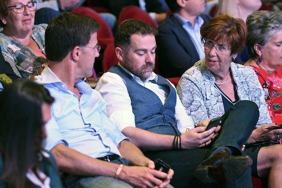 Mark Rutte, Klaas Dijkhoff en Annemarie Jorritsma tijdens het jaarlijkse VVD festival.