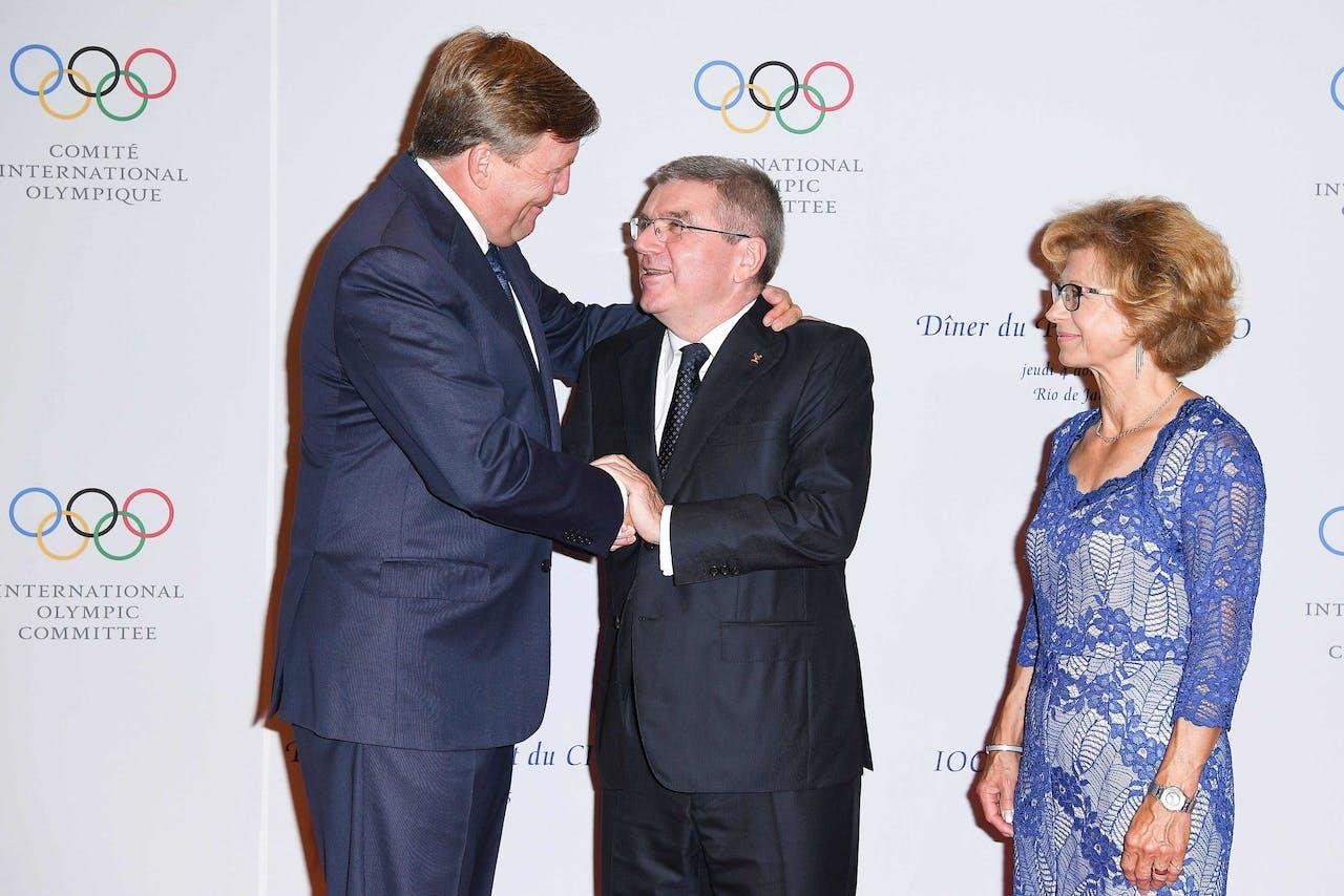 Koning Willem-Alexander met voorzitter van het Internationaal Olympisch Comité Thomas Bach in 2016.