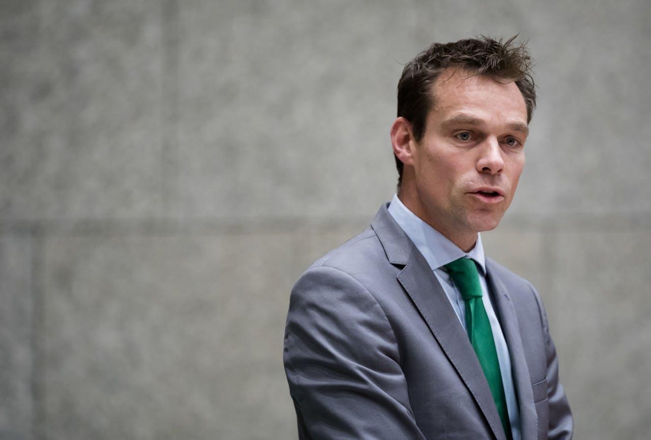 Martijn van Helvert (CDA) tijdens het debat over de situatie bij de holding Air France / KLM in de Tweede Kamer. ANP BART MAAT