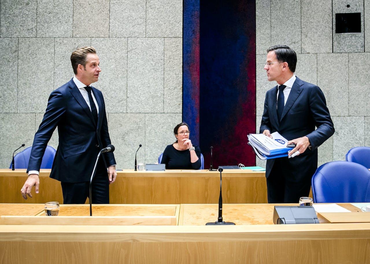 Hugo de Jonge, minister van Volksgezondheid, Welzijn en Sport, en premier Mark Rutte