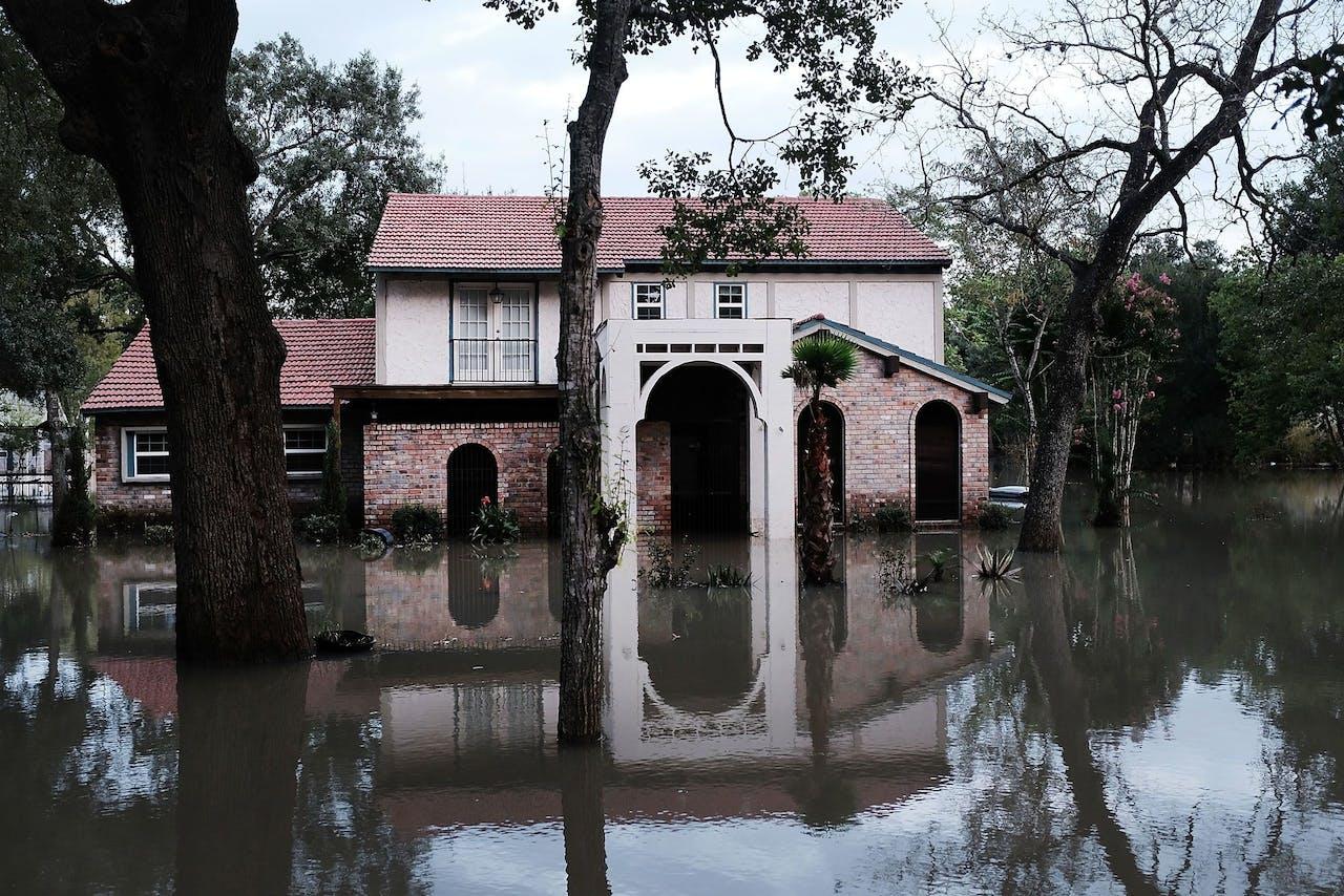 Een huis in Houston, Texas, net nadat orkaan Harvey over het gebied was getrokken.