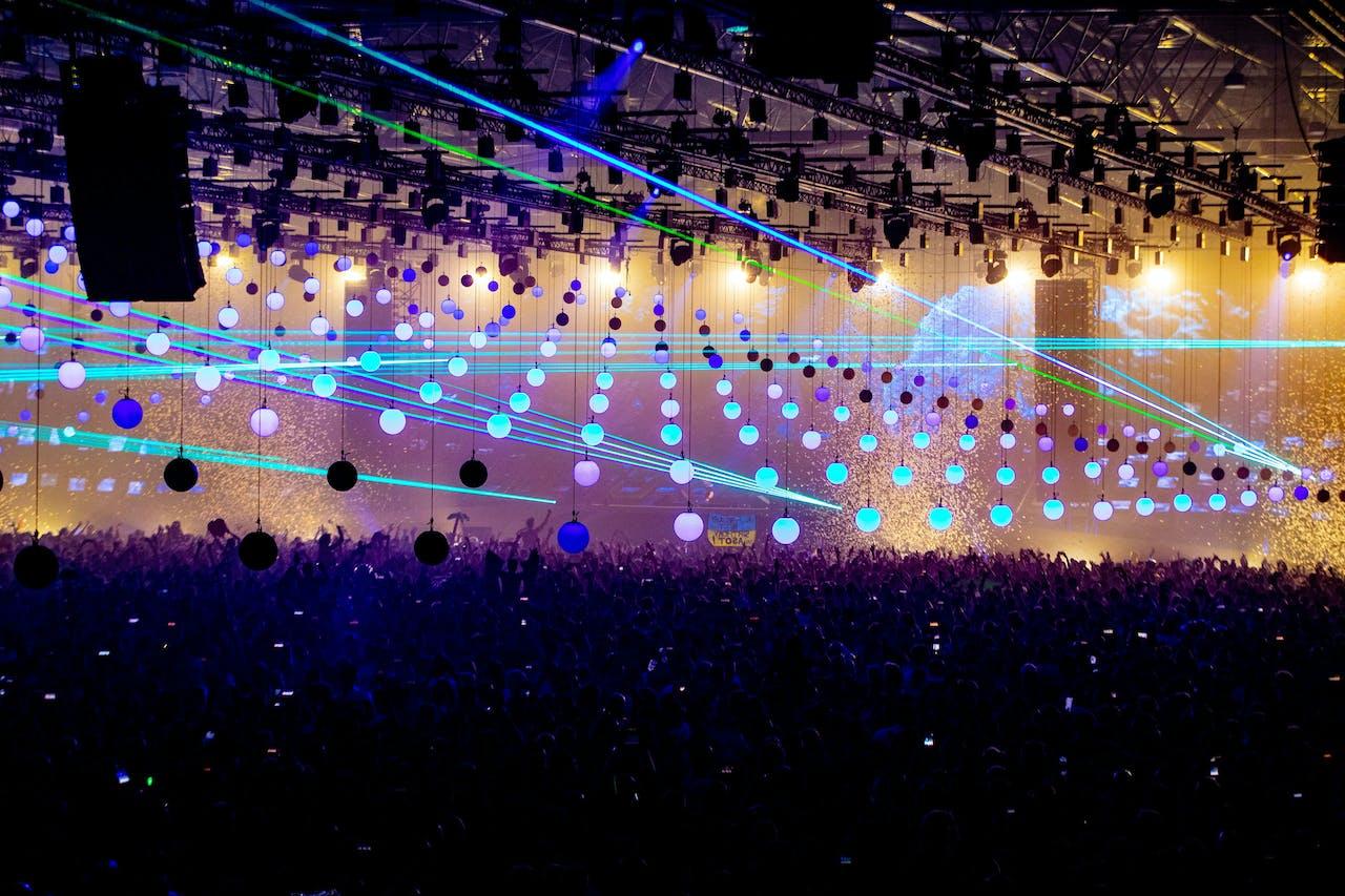 UTRECHT - DJ Armin van Buuren treedt op tijdens State of Trance in de Jaarbeurs. ANP KIPPA PAUL BERGEN