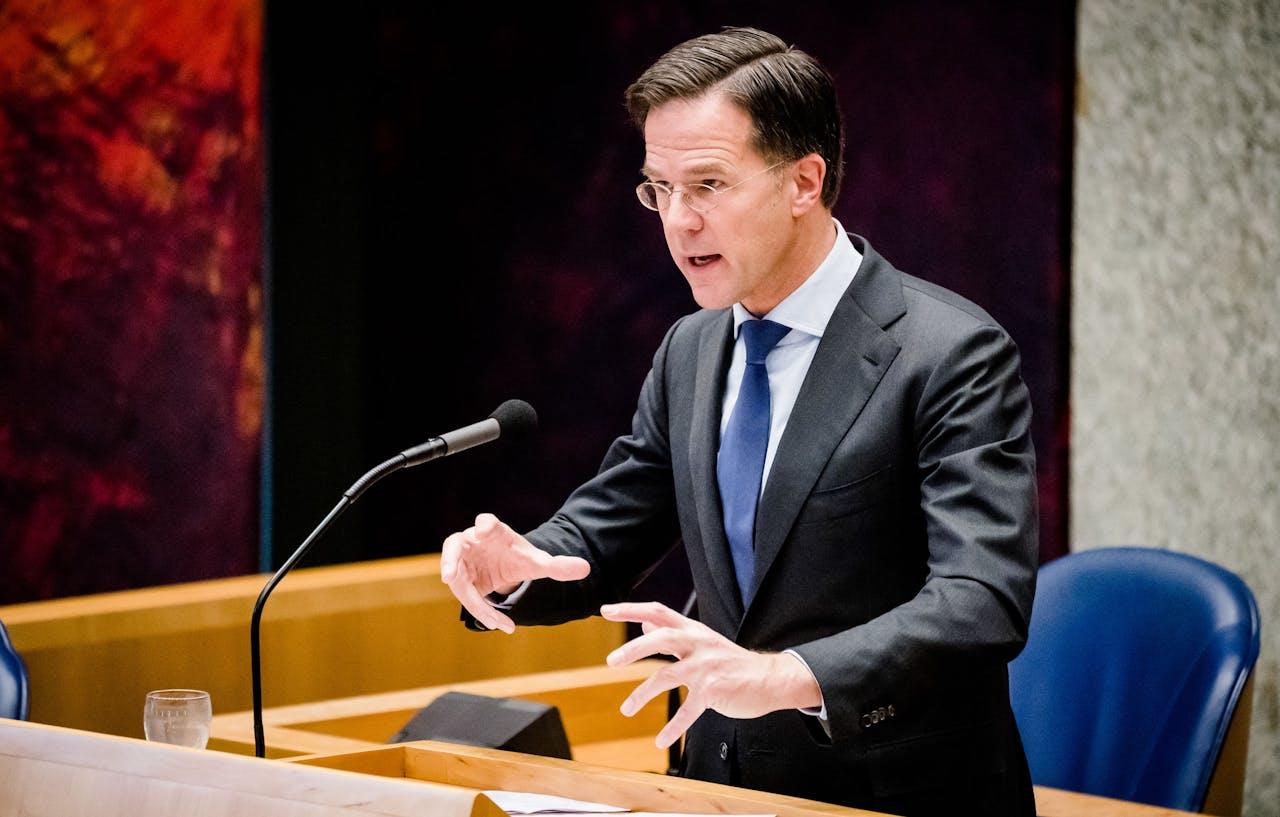 Premier Mark Rutte tijdens het Tweede Kamerdebat over de ontwikkelingen rondom het coronavirus.