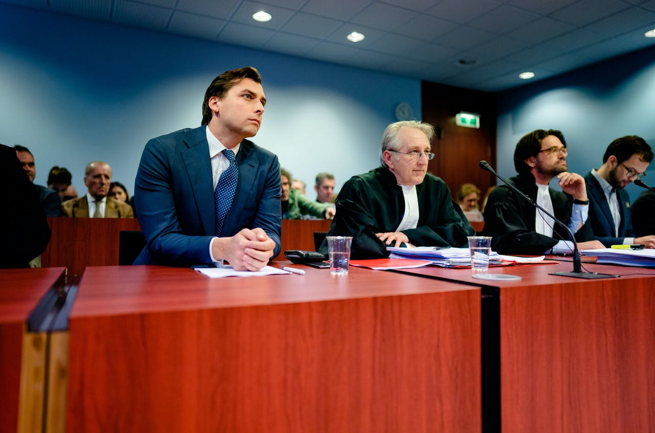 Thierry Baudet in de rechtbank voor het kort geding tegen de VPRO.
