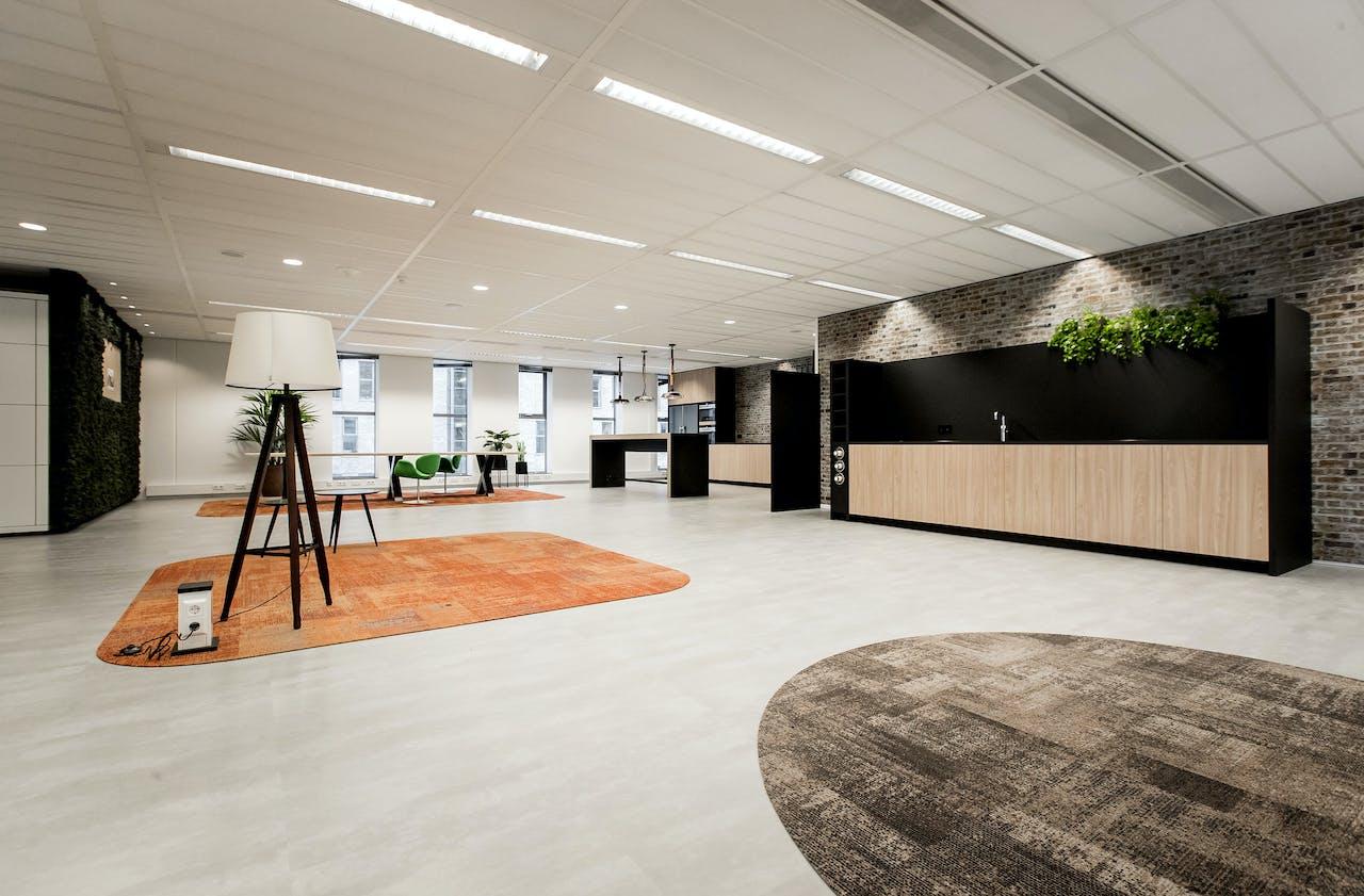 2018-04-30 13:38:02 DEN HAAG - Het Algemeen Nederlands Persbureau (ANP) verhuist van Rijswijk naar het centrum van Den Haag. Vanaf mei is het ANP gehuisvest in World Trade Center (WTC) Den Haag. ANP KOEN VAN WEEL