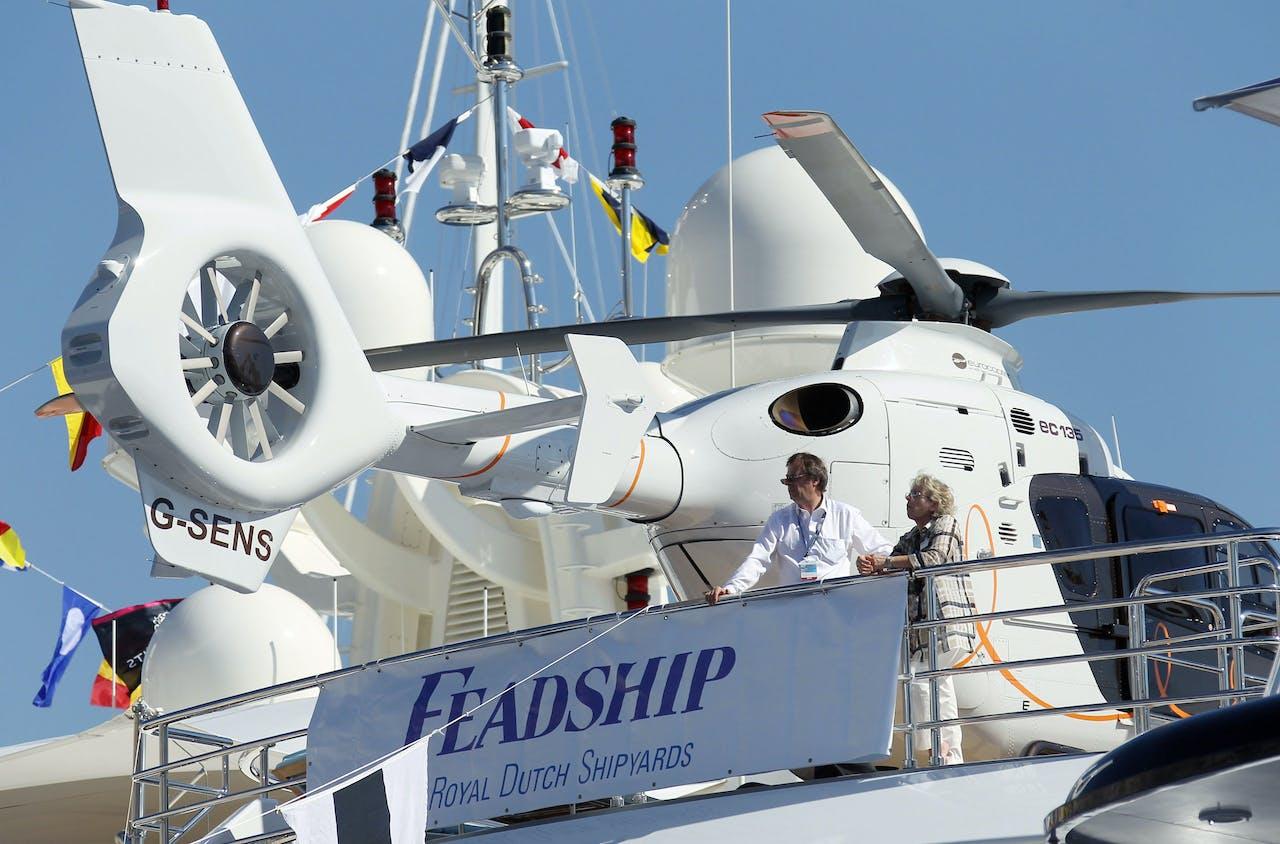 Een helikopter op een van de jachten van Feadship