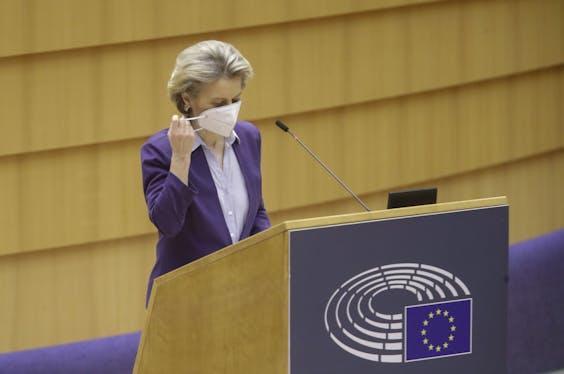 Voorzitter van de Europese Commissie Ursula von der Leyen in het Europees Parlement.