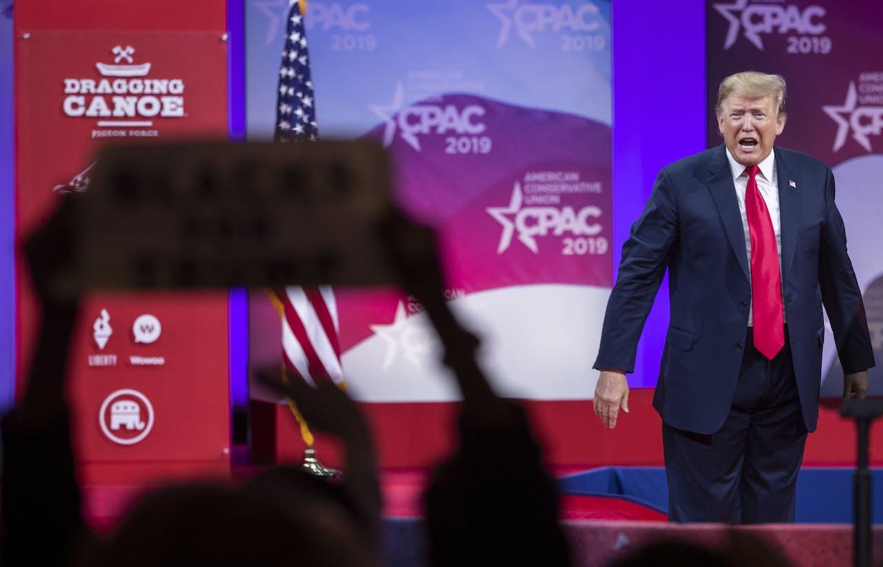 Donald Trump na zijn toespraak op CPAC in 2019