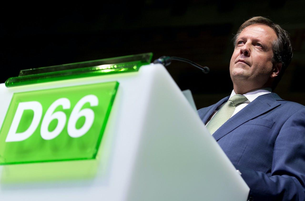 D66 leider Alexander Pechtold tijdens een congres van D66 in de Beurs van Berlage in Amsterdam.