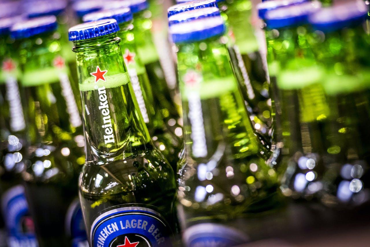Productie van het alcoholvrije biertje Heineken 0.0 bij de brouwerij in Den Bosch.