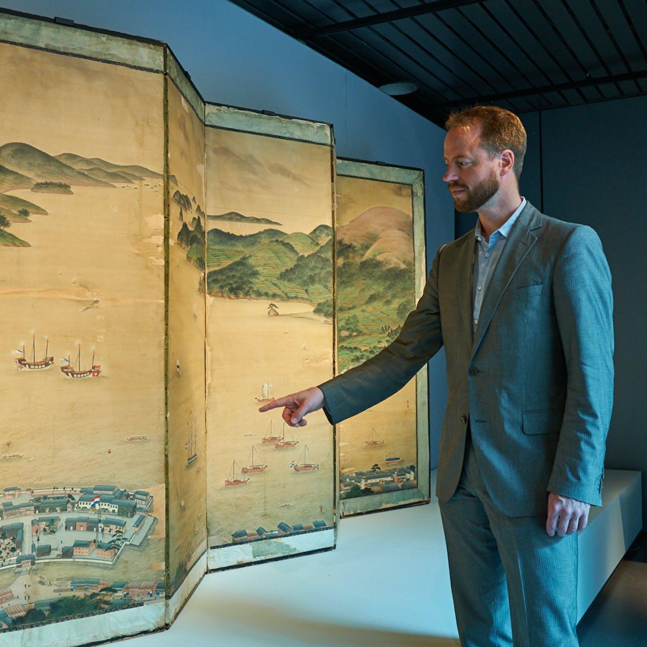 Daan Kok, conservator Oost-Azië in Museum Volkenkunde Leiden