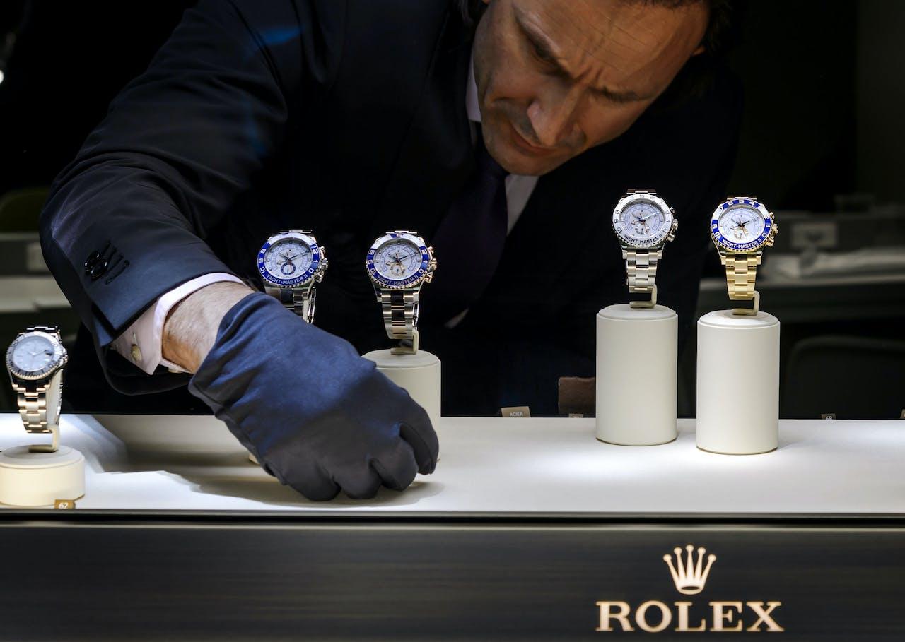 Geen Rolex, maar touwtjes zijn het nieuwe statussymbool.