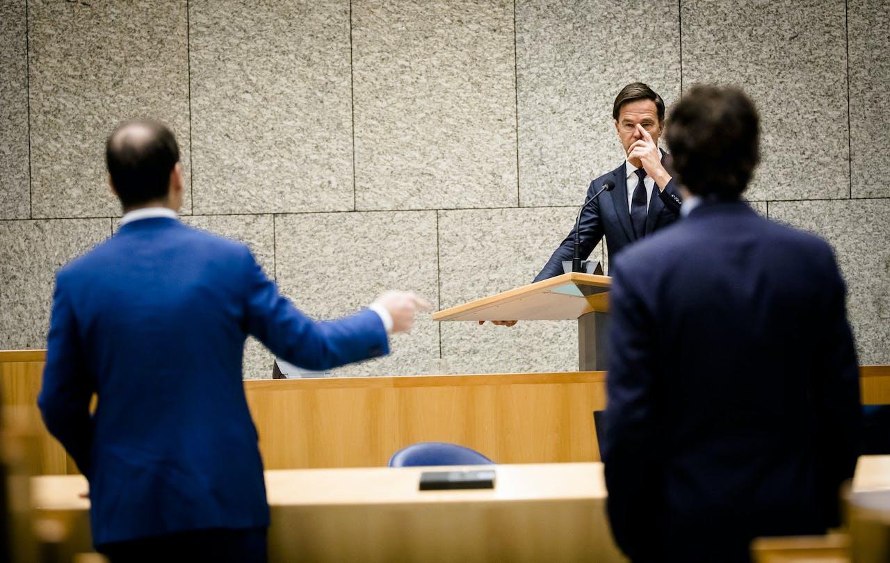 Lodewijk Asscher (PVDA), Premier Mark Rutte en Jesse Klaver (Groenlinks) tijdens het Tweede Kamerdebat over het eindverslag van de informatie.