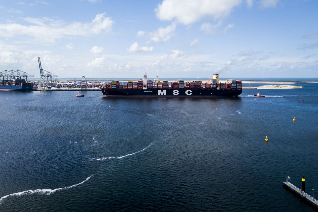 De MSC Gulsun, het grootste containerschip ter wereld