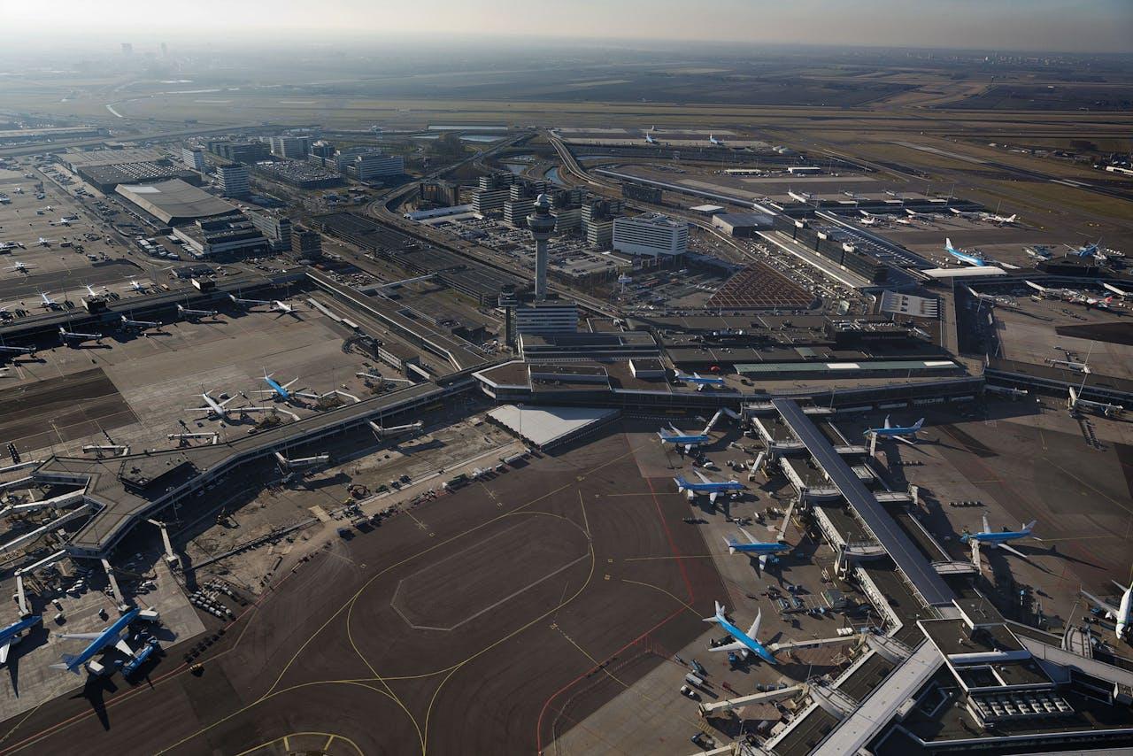 Luchtopname van de luchthaven Schiphol