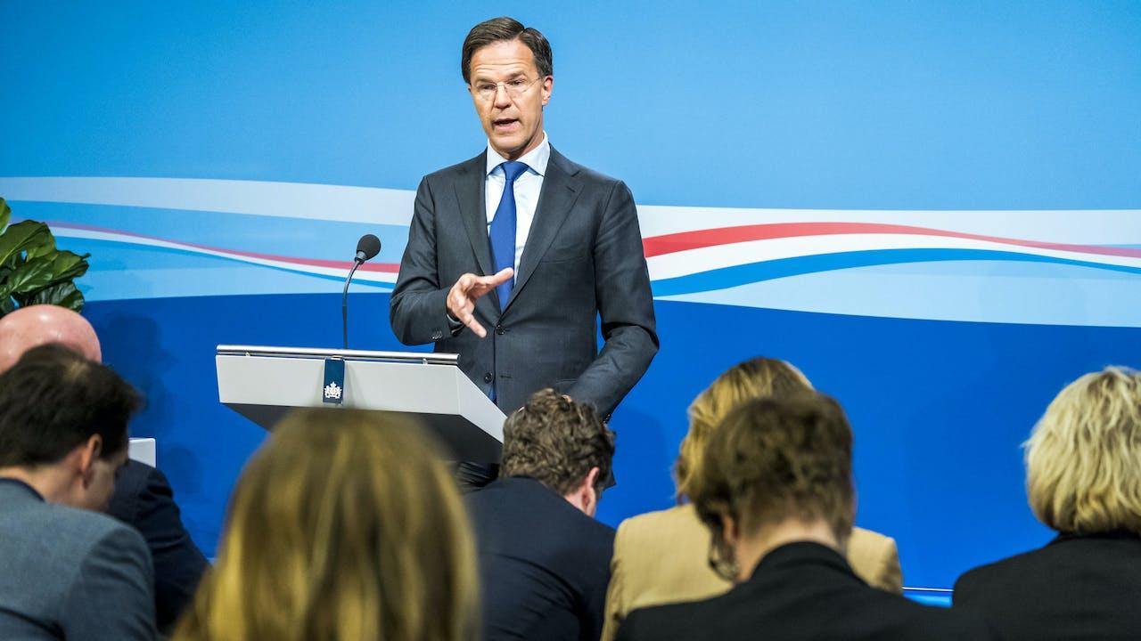 Premier Mark Rutte staat de pers te woord na afloop van de ministerraad.