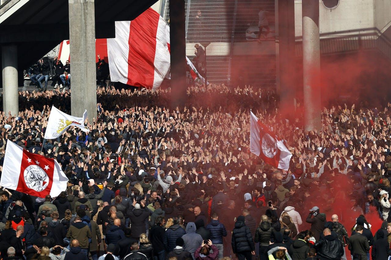 AMSTERDAM - Supporters van Ajax vieren na het duel met FC Emmen bij de Johan Cruijff ArenA de 35e landstitel uit de clubhistorie. De club won twee weken eerder al de KNVB-beker.