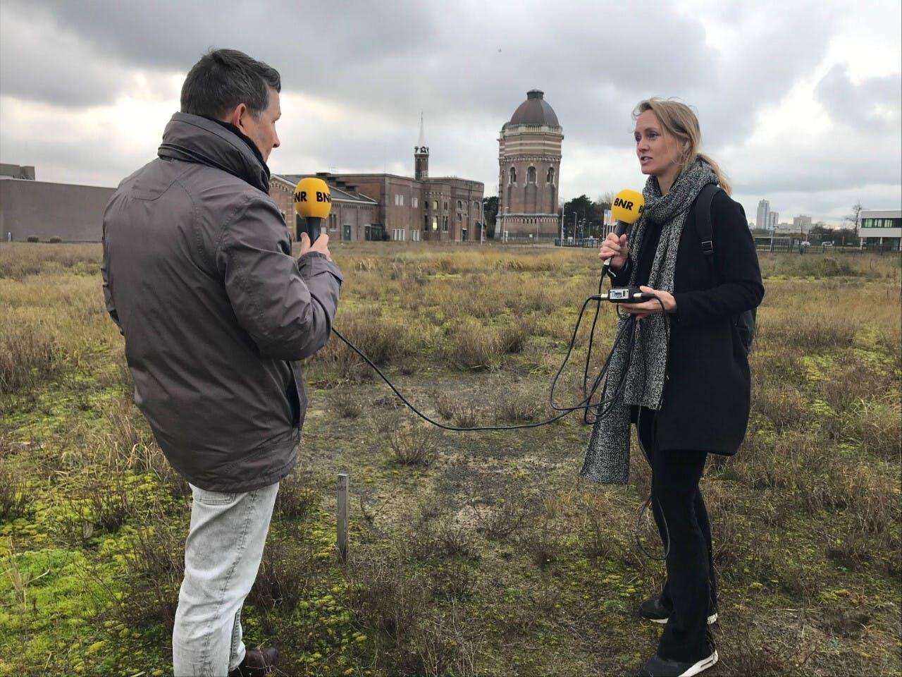 Drinkwaterbedrijf Dunea wil gebruik maken van meerdere bronnen dichterbij de productielocatie in Scheveningen. Gertjan Zwolsman vertelt over de plannen.