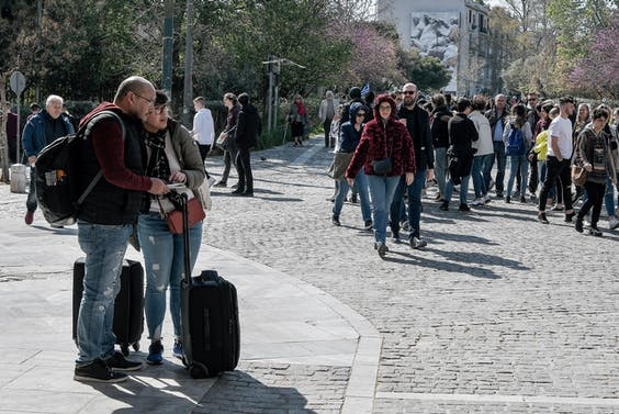 Toeristen die voldoen aan het Airbnb-cliché