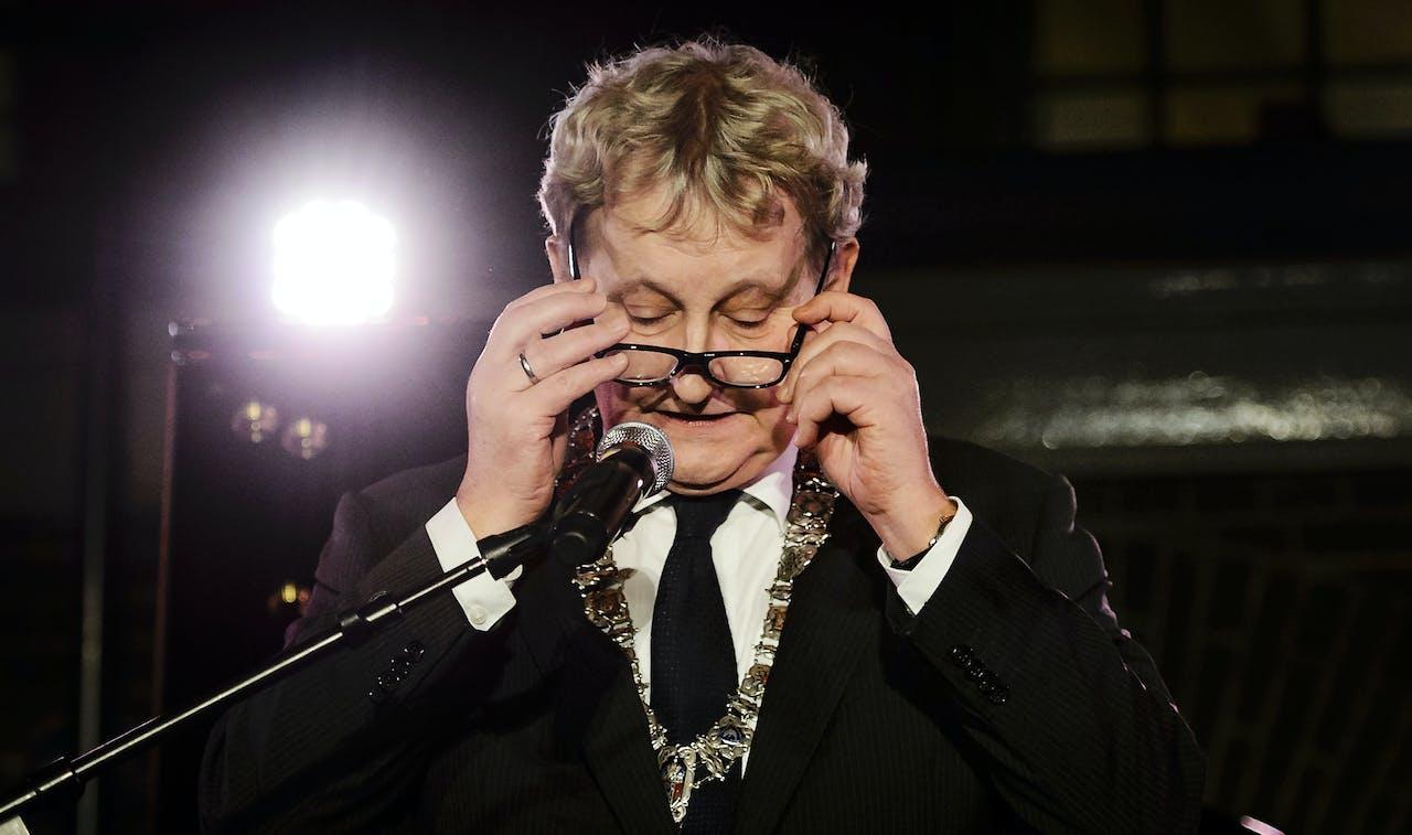 1 januari 2016 - Burgemeester Eberhard van der Laan tijdens de nieuwjaarsreceptie van de gemeente in het Scheepvaartmuseum.