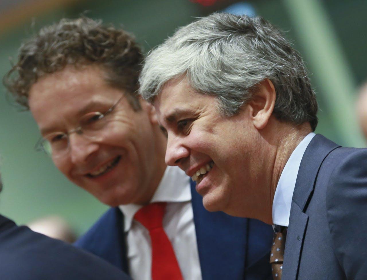 Afzwaaiend voorzitter van de Europgroep Jeroen Dijsselbloem (links) met zijn beoogd opvolger, Mario Centeno (rechts), de Portugese minister van Financiën.