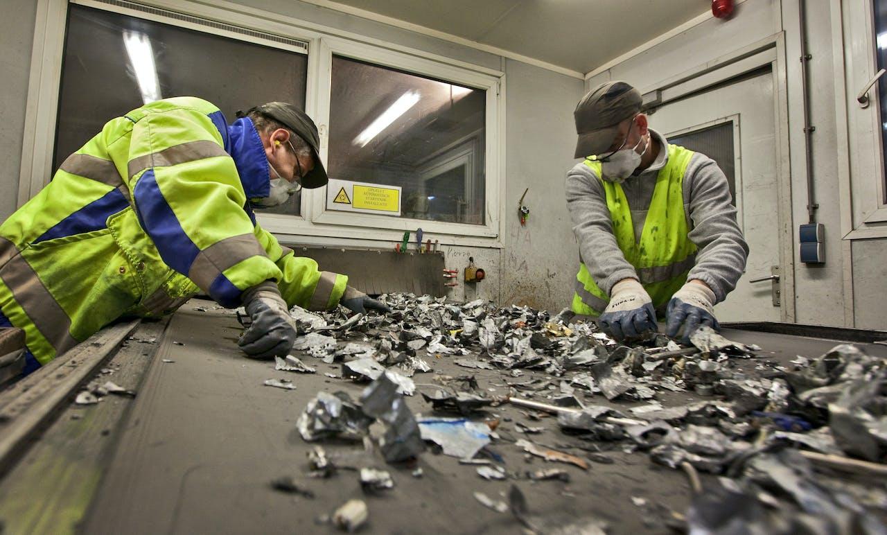 Beeldherkenning is voor de consument misschien (nog) niet zo praktisch als het gaat om recyclen, maar bij recyclebedrijven kan het (soms saaie) banen overnemen.