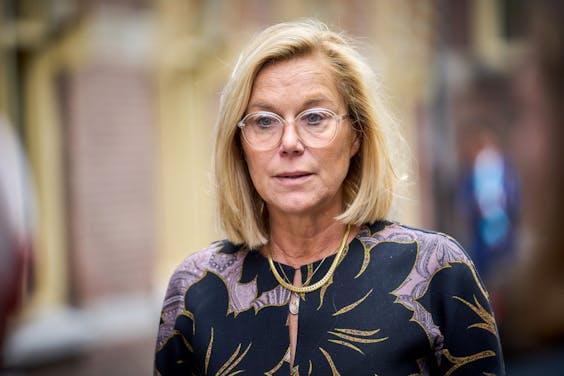 DEN HAAG - Demissionair minister Sigrid Kaag voor Buitenlandse Zaken (D66) arriveert bij het ministerie van Algemene Zaken voor de derde begrotingsraad. Ministers spreken over de begroting van het komende jaar, in aanloop naar Prinsjesdag. ANP PHIL NIJHUIS
