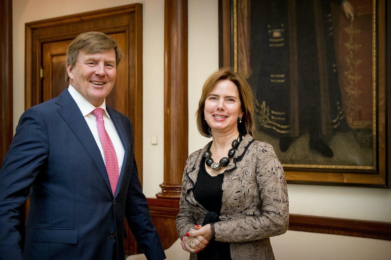 Koning Willem-Alexander ontvangt Minister Cora van Nieuwenhuizen van Infrastructuur en Waterstaat op Paleis Noordeinde.