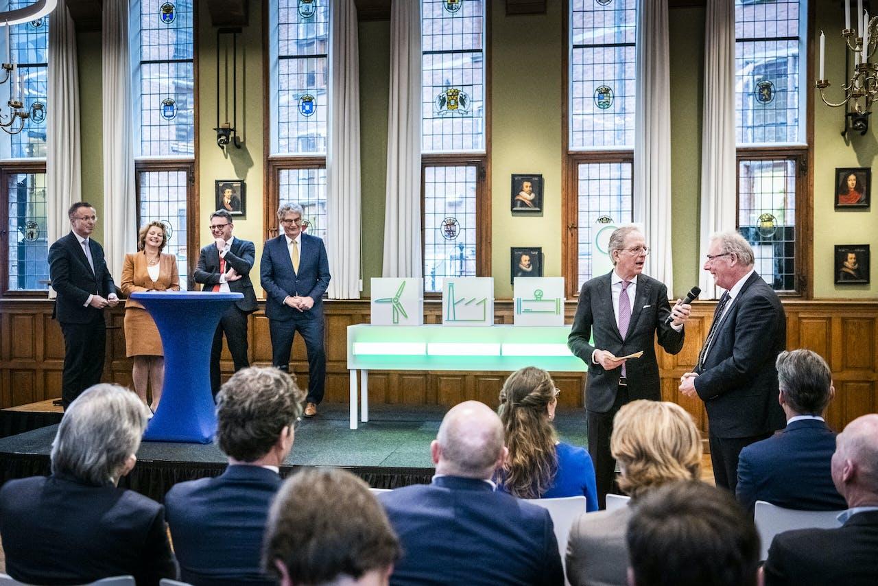 Een redelijk getrouwe weergave van de verhoudingen in corporate Nederland