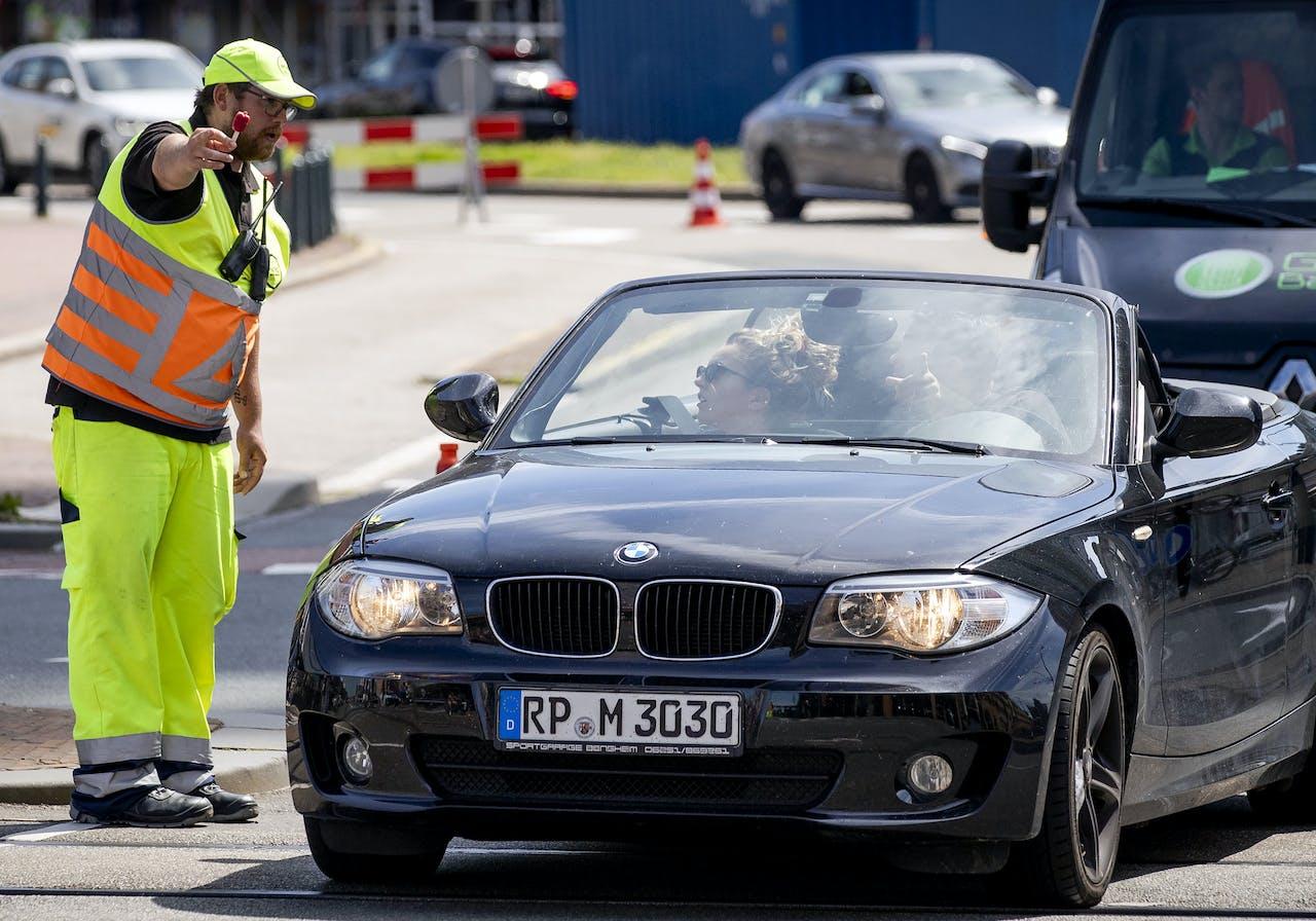 Verkeersregelaar in Scheveningen