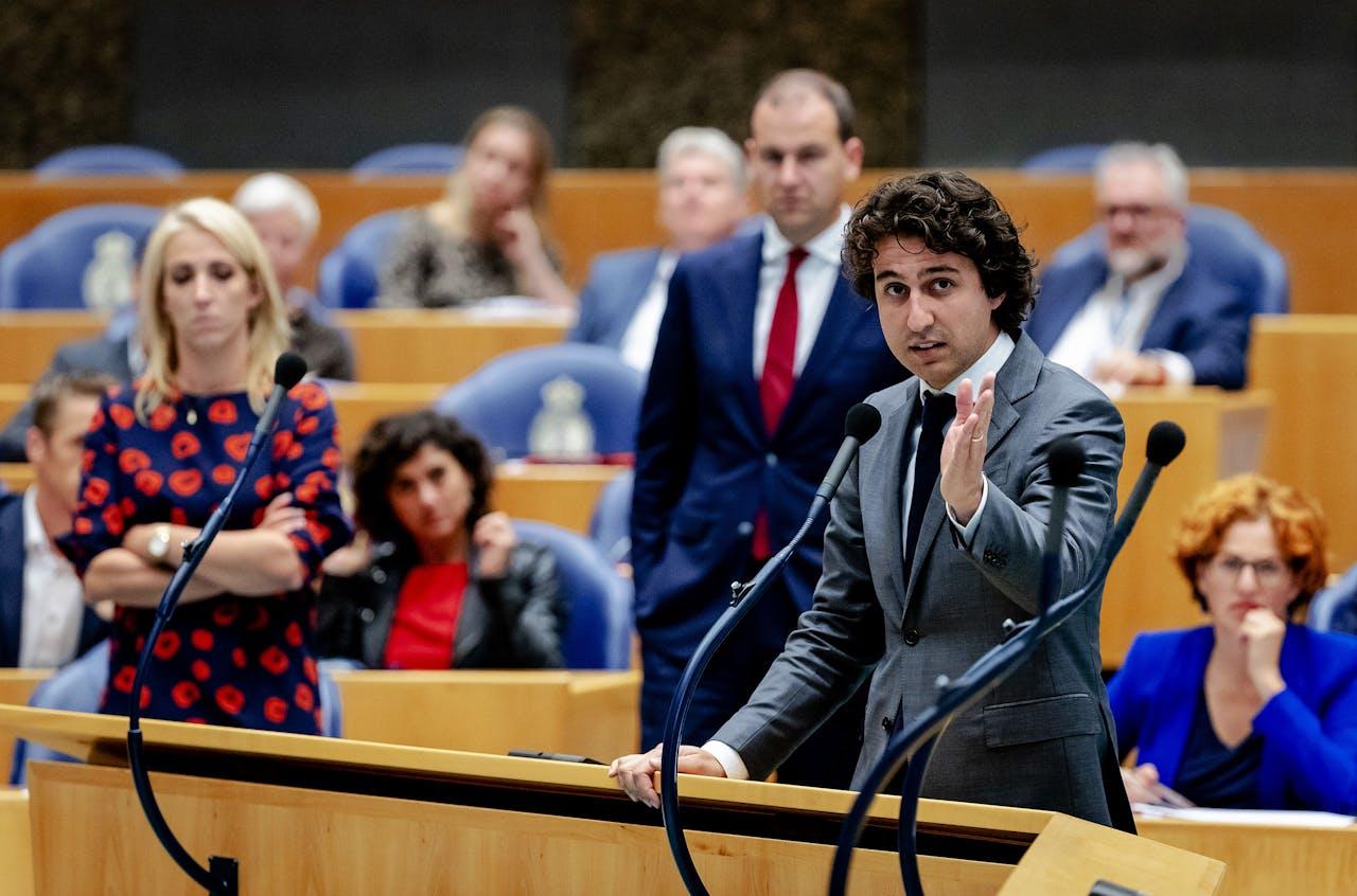 Lilian Marijnissen (SP), Lodewijk Asscher (PvdA) en Jesse Klaver (GroenLinks) tijdens de tweede dag van de Algemene Politieke Beschouwingen.