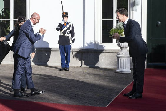 Charles Michel, voorzitter van de Europese Raad, komt aan bij het Catshuis voor een werkdiner met minister-president Mark Rutte. Het gesprek vindt plaats in aanloop naar de extra Europese Raad van 17 en 18 juli.