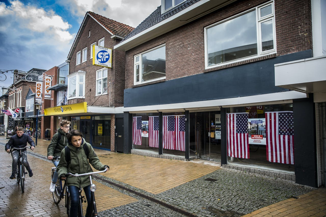 Leegstaand pand in de Oude Straat in Assen, waar ook veel winkelleegstand is.