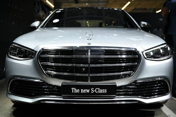 'Slimme' Mercedes S-Klasse gaat écht autonoom rijden in ...