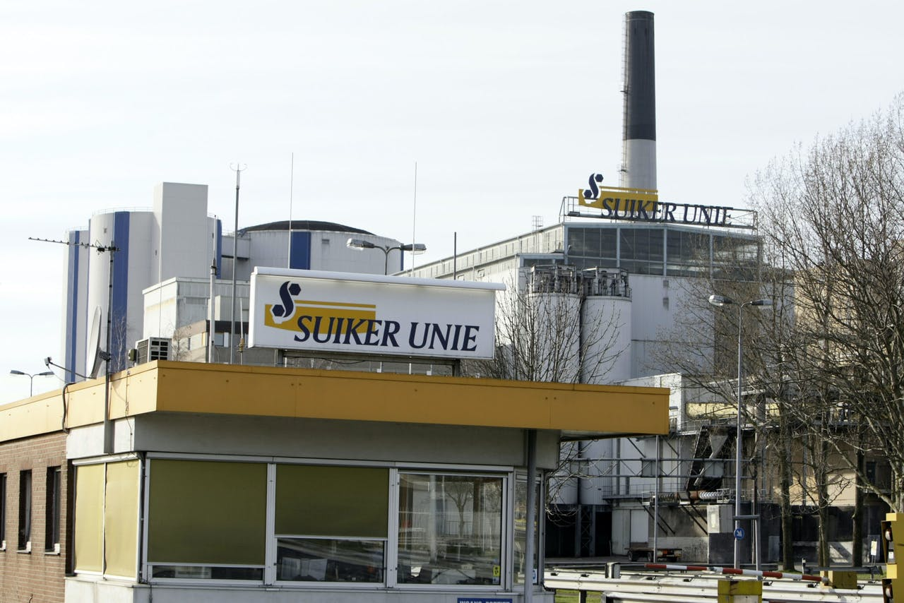 GRONINGEN - Suikerfabriek Suiker Unie in Groningen.