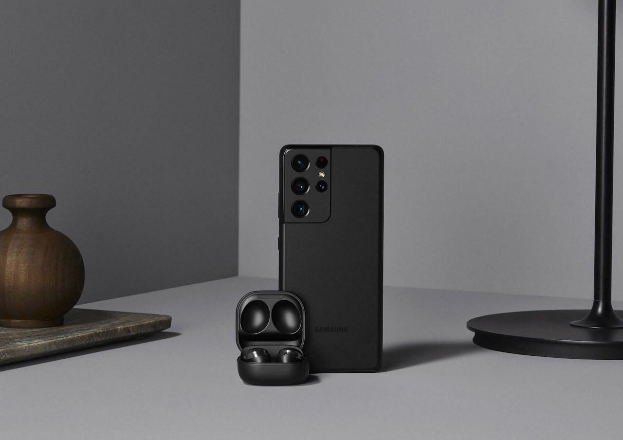 Samsung Galaxy S21 Ultra en Earbuds Pro