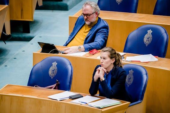 DEN HAAG - Wim-Jan Renkema (Groenlinks) en Corinne Ellemeet (Groenlinks) in de Tweede Kamer.