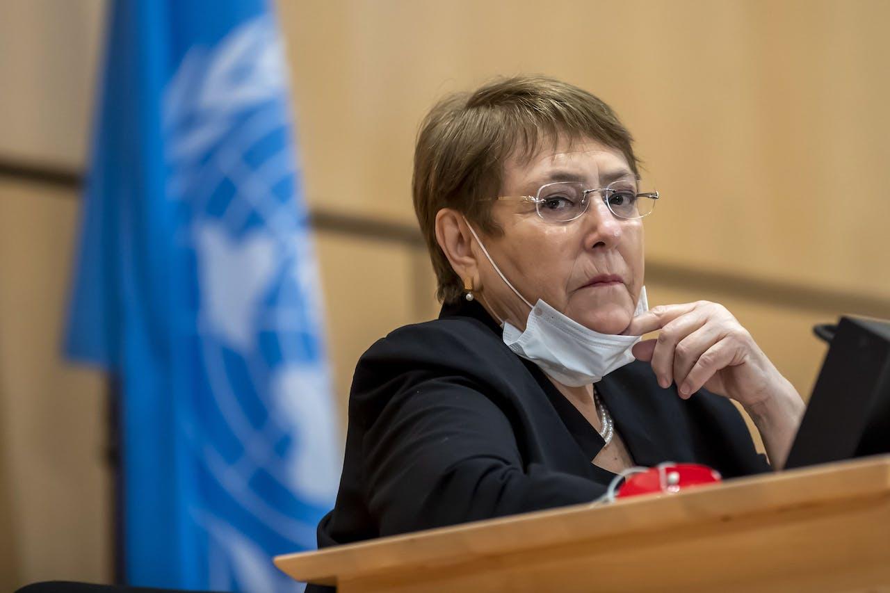 Michelle Bachelet tijdens een spoeddebat over racisme