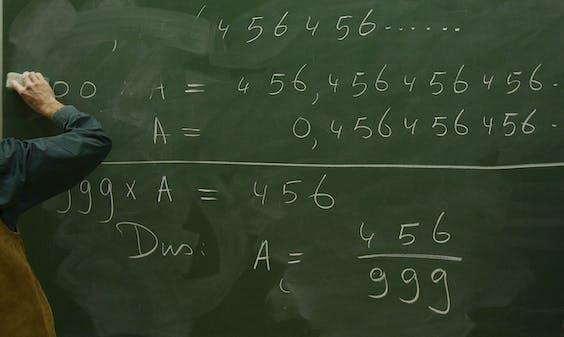 Wiskundeles op een middelbare school