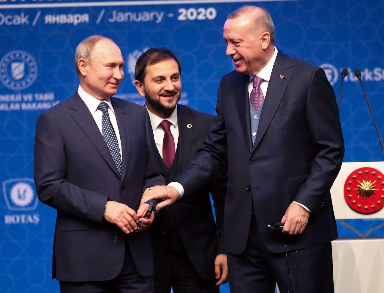 De Russische president Poetin en de Turkse president Erdogan tijdens de opening van de TurkStream-gasleiding
