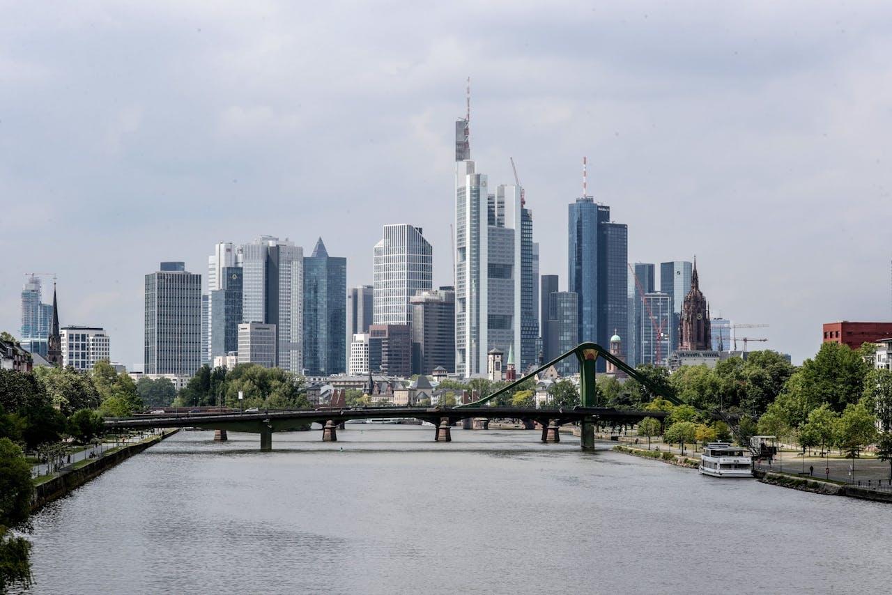 De skyline van Frankfurt am Main, hét financiële centrum van Europa.