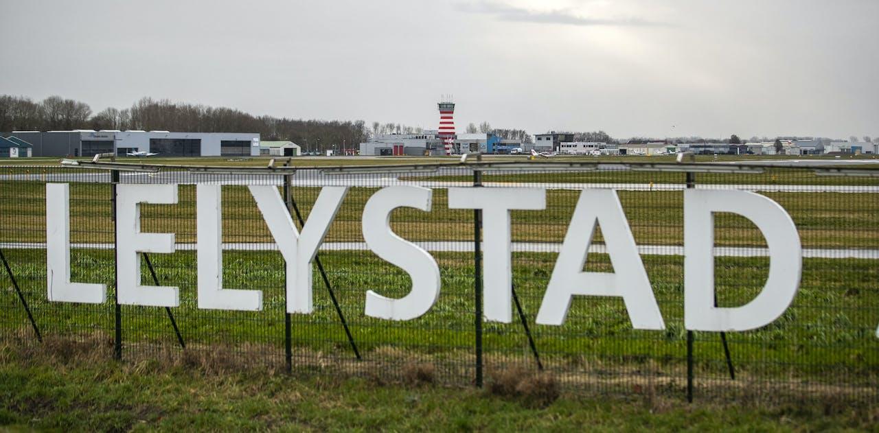 Exterieur van Lelystad Airport